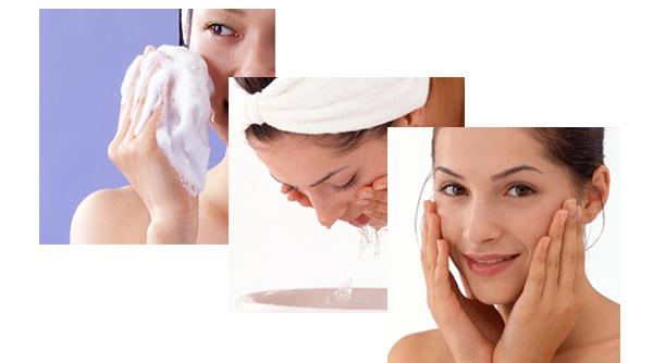 表面に石鹸を塗りこみたっぷりと水分を含ませて良く揉むと徐々に細やかな泡がでてきます。